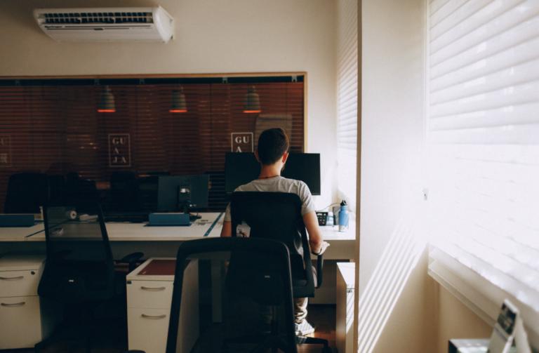 Decidiendo si renovar o reubicar tu negocio